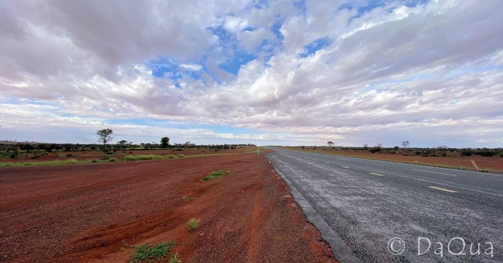 Open road and sky from Alice to Coober Pedy © DaQua