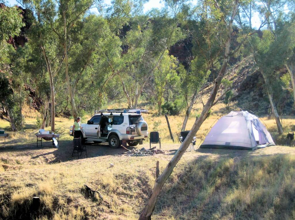 Camping at the Boggy Hole (Finke Gorge National Park)