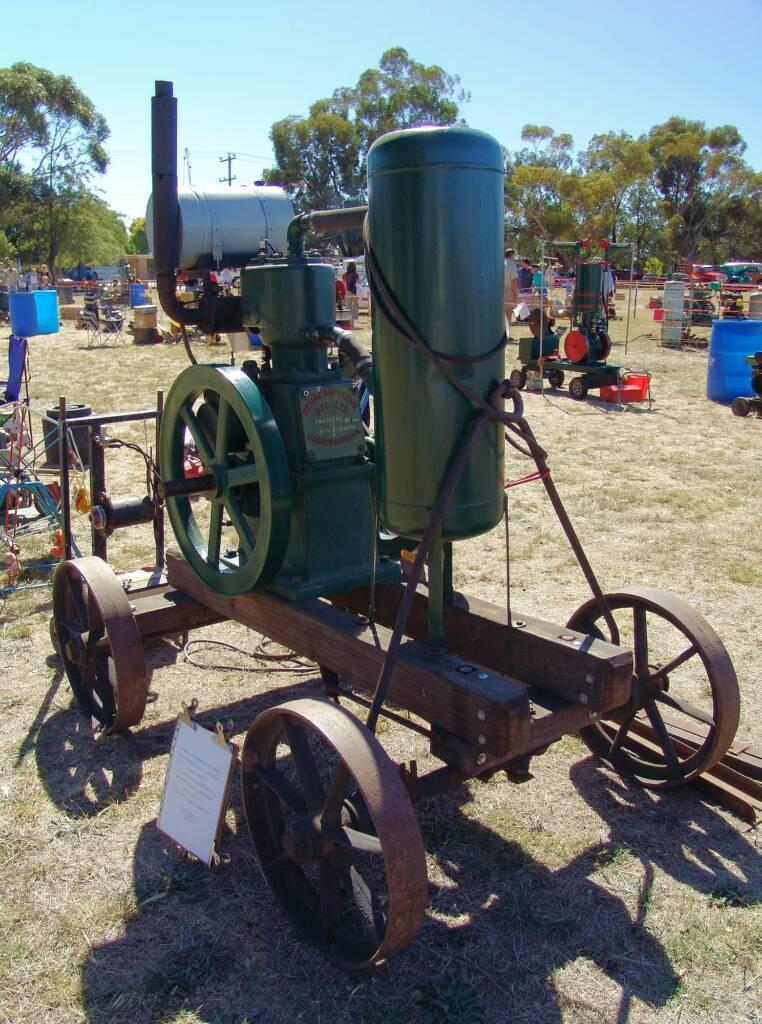 Southern Cross Portable Pumper Unit (Circa 1930)