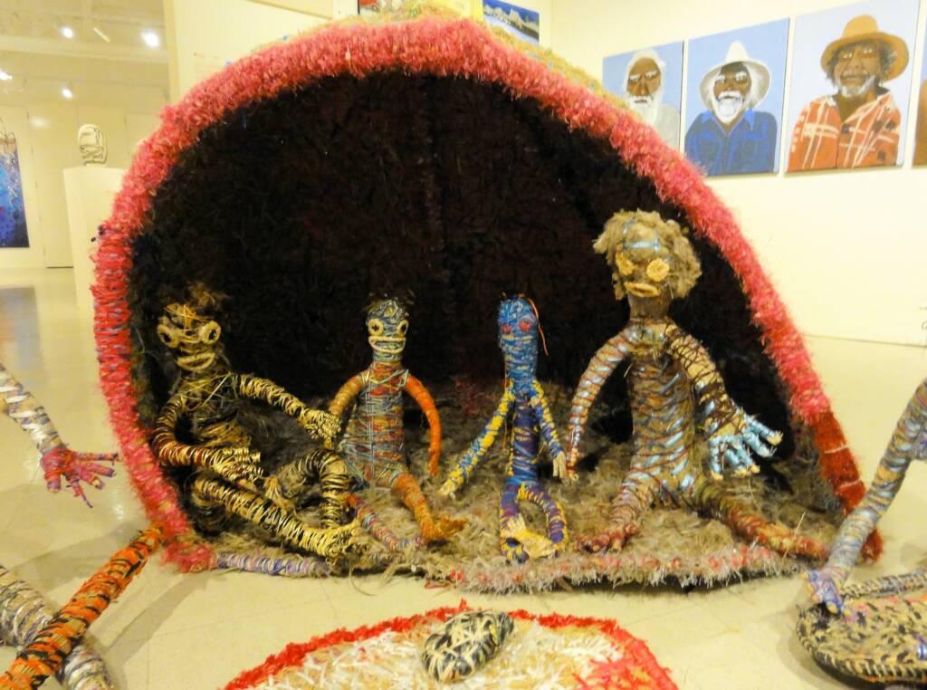 Pitja nyawa kulila (Early days family) by Tjanpi Desert Weavers