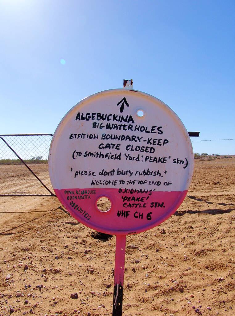 Algebuckina Signage
