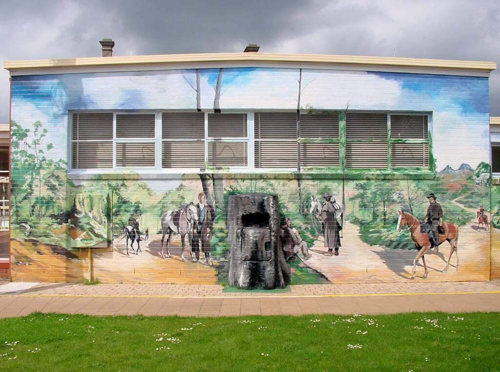 The Post Office Tree mural, Sheffield, Tasmania