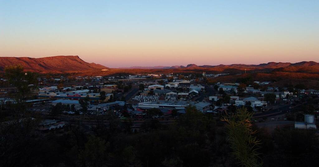 Sunrise view west from Anzac Hill, Alice Springs