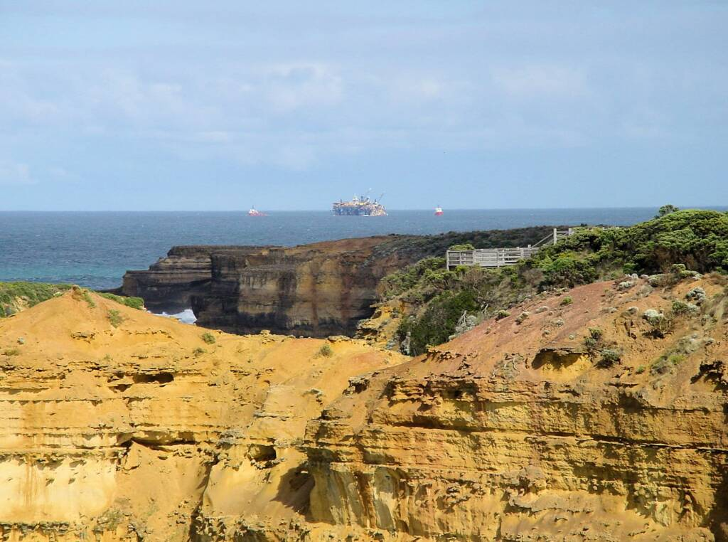 View from Island Arch Lookout to Mutton Bird Island Lookout, Great Ocean Road, VIC