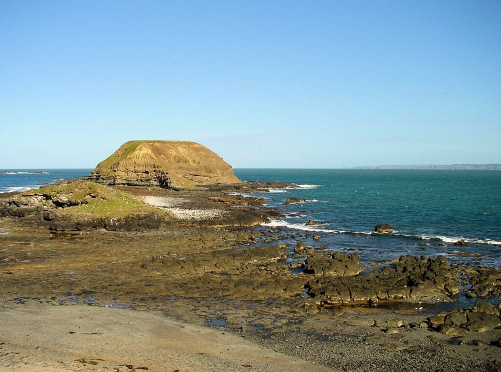 View out of the Nobbies and basalt rock shoreline - Point Grant, Phillip Island