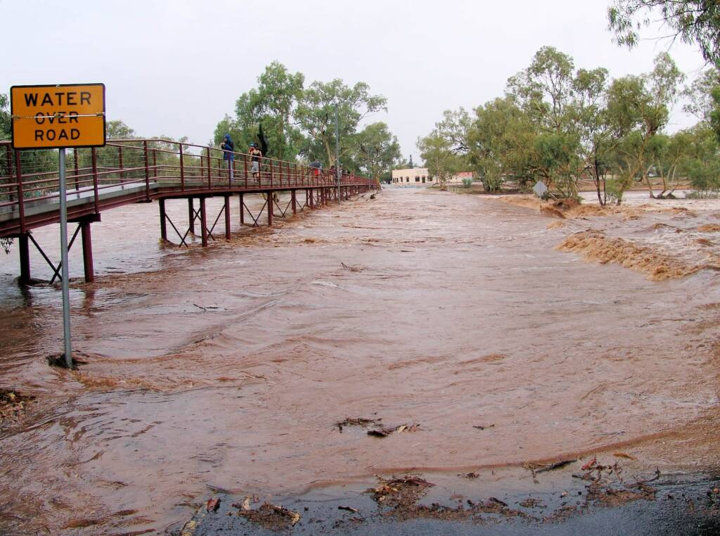 Water over road (Undoolya Road causeway), under the footbridge, Alice Springs, 9 Jan 2010